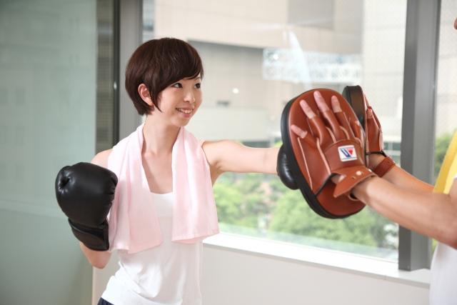 boxing-girl 杉並区のキックボクシング教室 日本一やさしい教室です。ベストキッド東京!