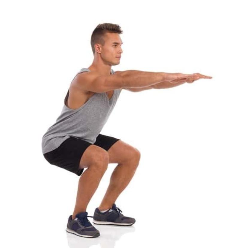 squat ベーシックトレーニング(腕立て伏せ、スクワット、ランジ)のフォームと注意点