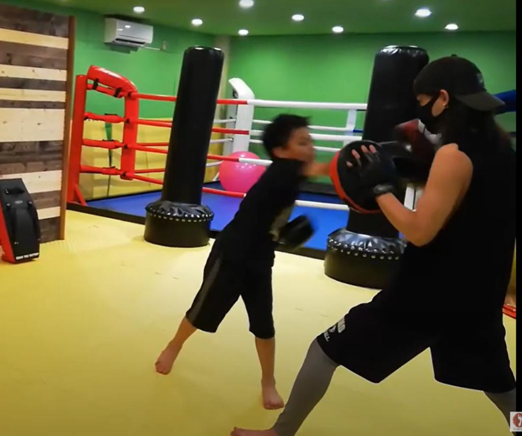 王子(北区豊島 )のキックボクシングジム!日本一やさしいキックボクシングジム!ベストキッド東京 王子教室スタート