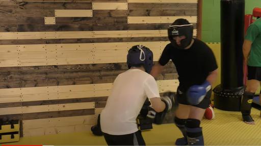 class_personal 元チャンピオンが教える!最速で絶対今より強くなるキックボクシング教室。「強くなるパーソナル10回コース。」
